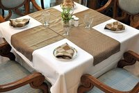 Table Cloths Table Runners Napkins