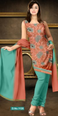 Fashionable Suit With Dupatta