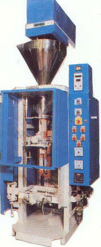 Automatic Form Fill And Seal Machine For Packing Granules & Snack Foods