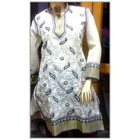 Aari Embroidery Suit