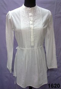 Cotton 60's cambric solid-dyed Ladies full sleeves tunic with pintucks