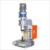 High Output Tabletop Pneumatic Riveting Machine