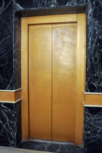 Center Opening Autodoor Lifts / Elevators