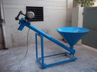 Hopper With Screw Conveyor