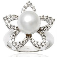 Star Shaped Diamond Pearl Jewelry Ring