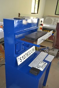 One Time Hydraulic Emboss Number Plate Machine