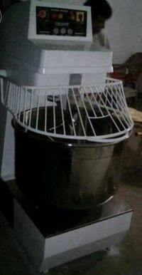 Spiral Mixer For 50kg Maida