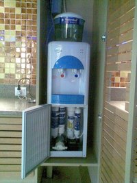 Hot & Cold Water Dispenser With Built-In Ro System
