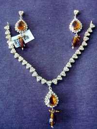 Victorian Imitation Necklace Jewelry