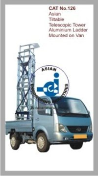 Asian Tiltable Telescopic Tower Aluminium Ladder Mounted on Van