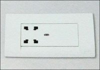Shaver Socket