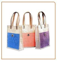 Ladies Fashionable Jute Bag