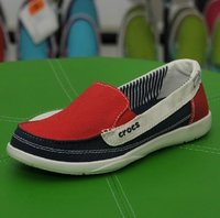 Women Crocs Melbourne Flat Shoes