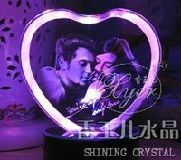 Customized 3D Laser Engraved Crystal Heart Wedding Gifts