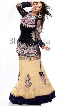 Gorgeous Looking Bridal Lehenga