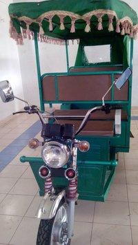 Battery Powered E-Rickshaw
