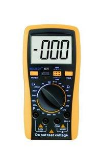 Digital LCR Meter Model: LCR-4070