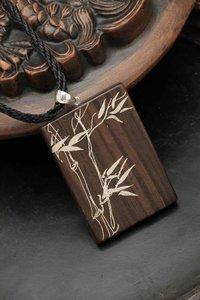 Fashionable Wood Pendant