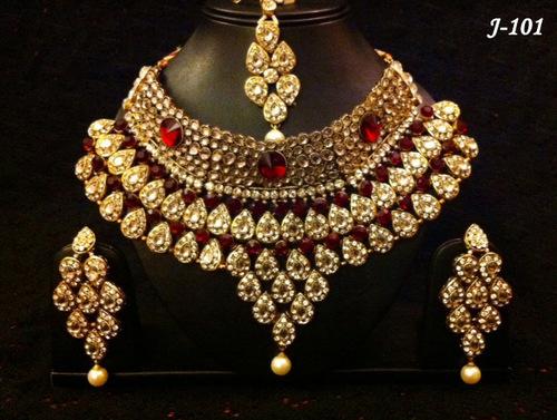 Semi Bridal Necklace Sets