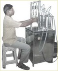 Vacuum Bottle Filling Machinery