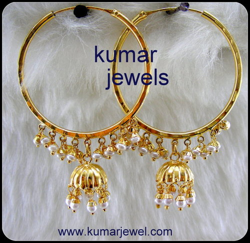 Sleek Kundan Neck Set