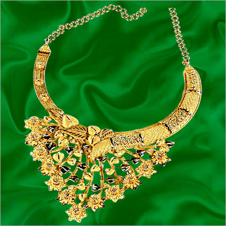 Gold Bridal Necklace In Chowrangi Road Kolkata West Bengal