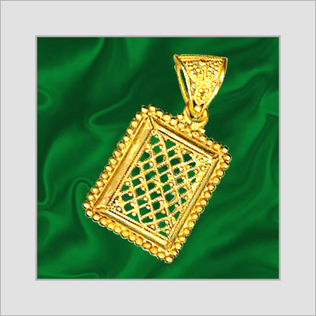 Gold Pendant In Chowrangi Road Kolkata West Bengal India P C