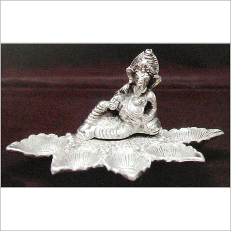 SILVER PLATED DIYA LIGHTNING STAND in  Colaba