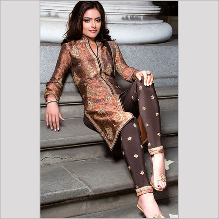 LADIES DESIGNER SUIT in Wea, New Delhi, Delhi, India - BATRA