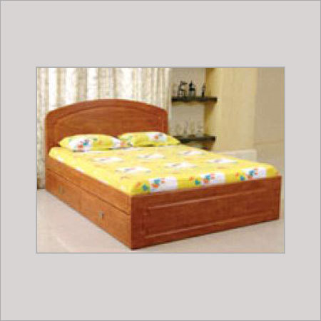 Wooden beds in parvati pune for Simple wooden bed designs pictures
