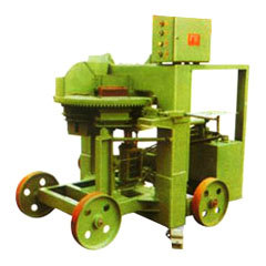 Semi Automatic Brick Machine in  Pologround