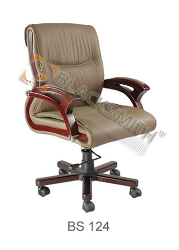 Medium Back Office Chairs in  Vikaspuri