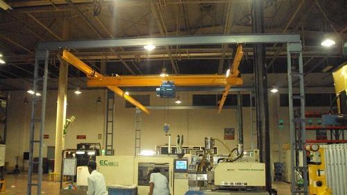 Underslung Cranes in  Vatva