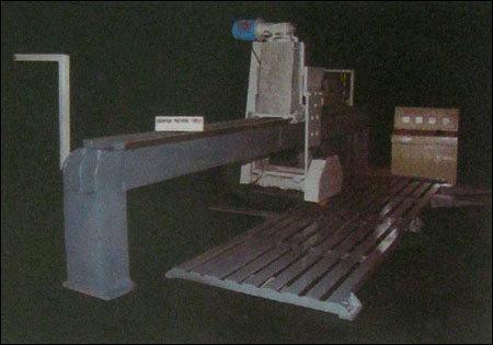 Edge Cutting Machine in  Sangariya Indl. Area