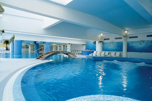 Indoor swimming pool design services in moti nagar new for Pool design services
