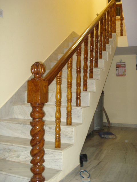 Brown Belly Wooden Stair Railings In Indl Area Ph 2