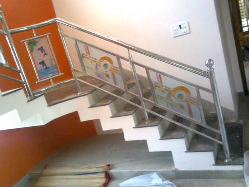 Stainless steel stairs railing in mysore road bengaluru for Balcony designs in pakistan