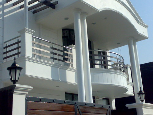 Balcony boundry railing in 6 sector noida metallica india for Terrace design india
