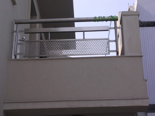 Steel balcony railing in 6 sector noida metallica india for Balcony steel railing designs pictures