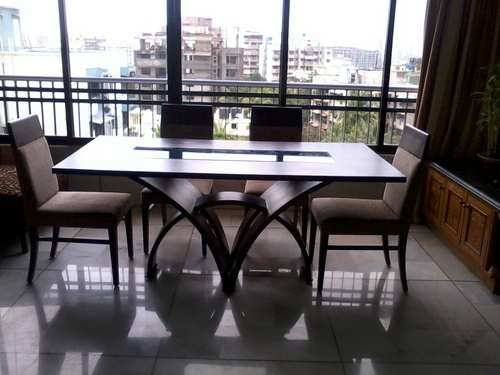 Modern wooden dining table with chairs in mumbai for Modern dining chairs india