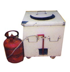 S.S. Steel Square With Gas Tandoor