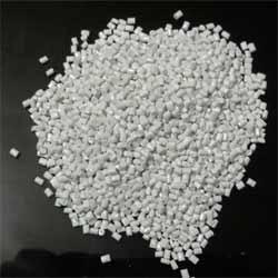 Polycarbonate Milky Dana Granules in  Nangloi