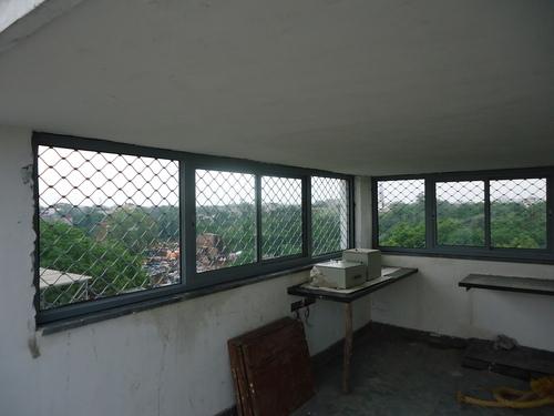 Aluminium window frame design in sarai rohilla delhi for Aluminium window design