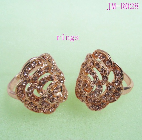 Gold Plated Flower Design Crystal Ring For Women
