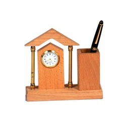 Wooden Pen Stands