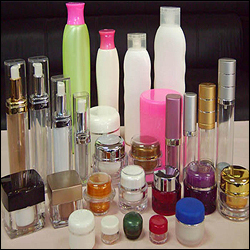 Cosmetic Packaging Product in  Loni