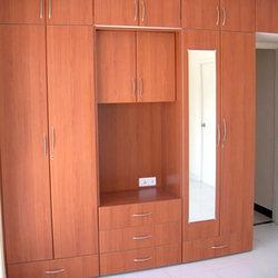 Customized Bedroom Wardrobe