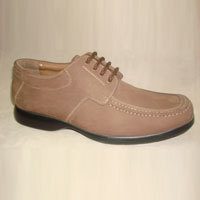 Men Casual Brown Color Shoe in  95-A Old Vijay Nagar Colony
