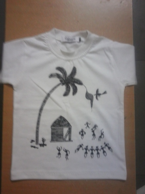 Warli Painted T Shirt In Mulund W Mumbai Reema Arts