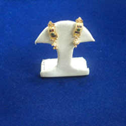Attractive Gold Ear Tops